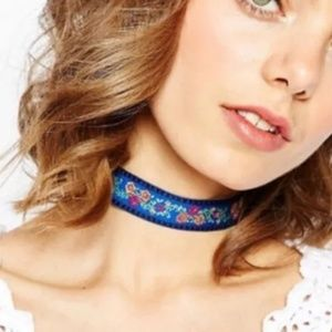Gorgeous BLUE Floral Embroidered Choker Necklace